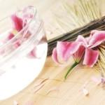 Kozmetična pedikura z lakiranjem